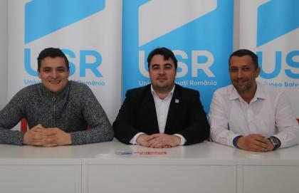 """Vlad Botoş: """"Aradul nu duce lipsă de oameni inteligenți, duce lipsă de caractere în politică"""""""