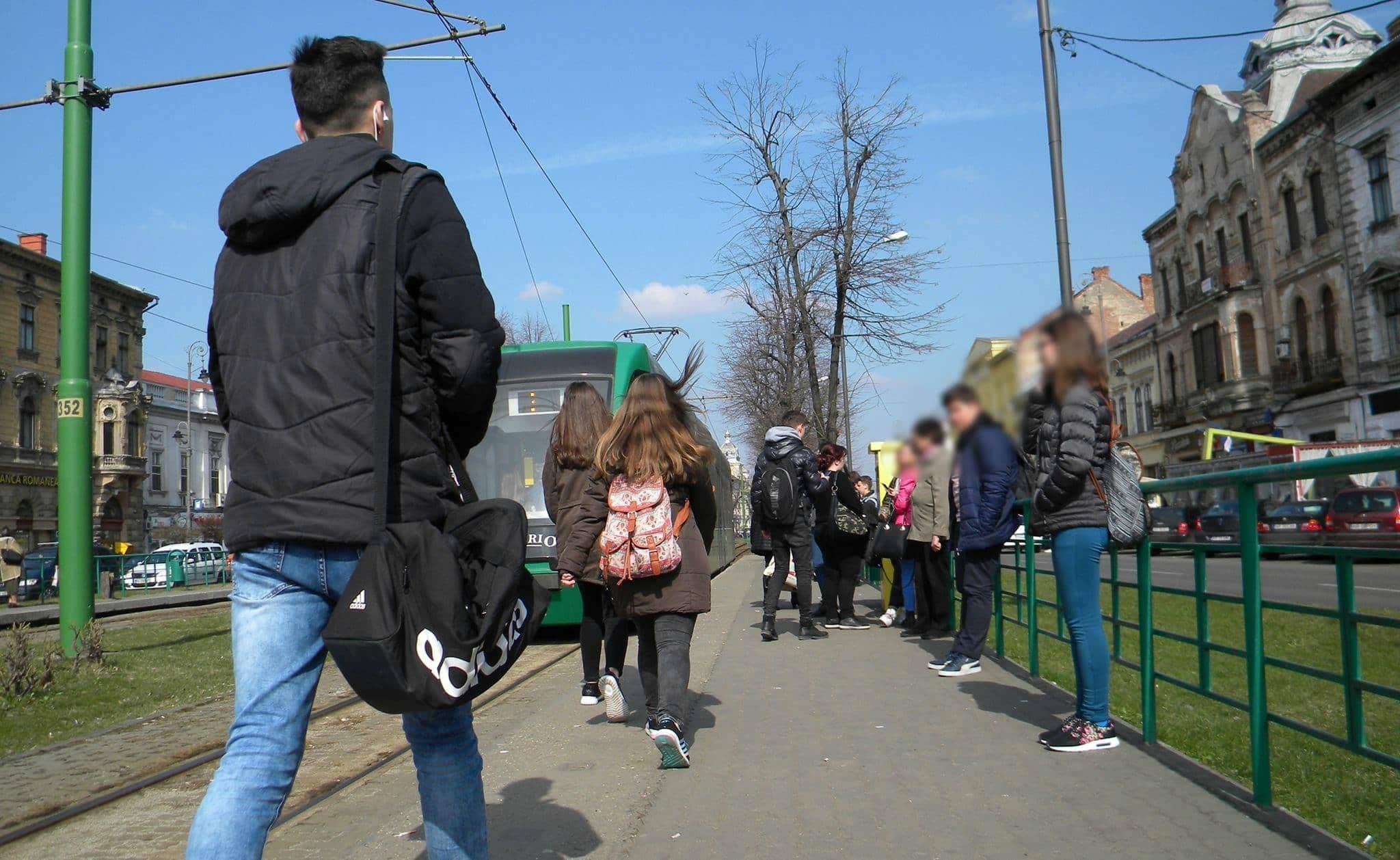 Dotări de lux pentru stațiile de tramvai (FOTO)