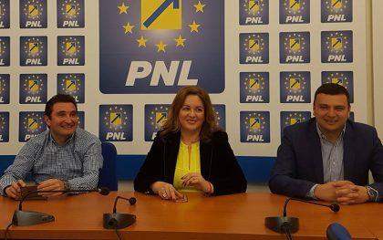 """Geanina Pistru (PNL): """"Adevărata schimbare începe întotdeauna cu noi înșine"""""""