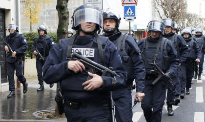 """Alertă TERORISTĂ! Un aeroport din Franța EVACUAT: """"Ofițerii înarmați au intrat înăuntru"""" (GALERIE FOTO)"""