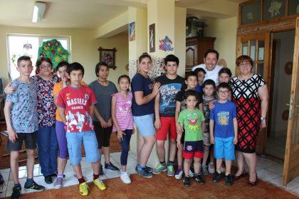 Celebrul chef Cezar Munteanu a gătit cu tinerii arădeni (GALERIE FOTO)