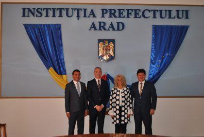Consulul General al Republicii Serbia la Timișoara, în vizită la Instituția Prefectului din Arad. Despre ce s-a discutat