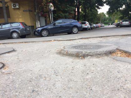 Lucrările trec, gropile rămân! USR Arad solicită acoperirea șanțurilor lăsate în  urma săpăturilor din oraș