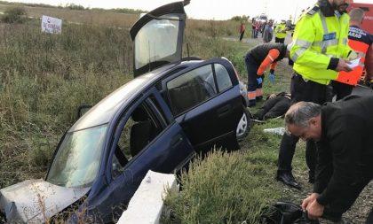 ACCIDENT la ieşirea din Arad! Trei maşini implicate. Intervenţie a Inspectoratului pentru Situaţii de Urgenţă (GALERIE FOTO)
