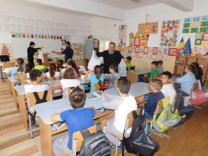 Daruri de la românii din Viena pentru copiii arădeni