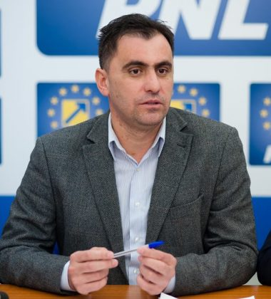 """Senatorul Ioan Cristina: """"PNL începe în forță noua sesiune parlamentară"""""""