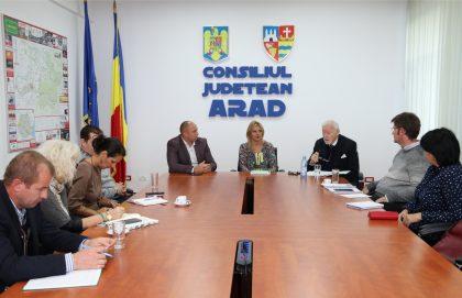 """Parteneriat pentru dezvoltarea şi promovarea Grădinii Botanice Universitare """"Pavel Covaci"""", de la Macea"""