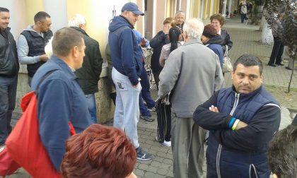 UPDATE/ PROTESTE ale comercianților din Piața Catedralei! La SC TOP se discută despre DESFIINȚAREA pieței (FOTO)