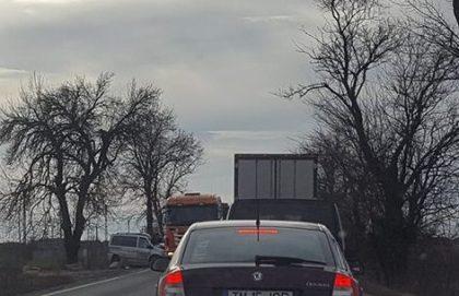 Accident CUMPLIT pe DN7! Impact DEVASTATOR cu un TIR (UPDATE)