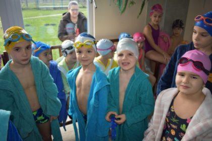 Peste 100 de copii la Cupa Moş Crăciun a Clubului Activ (GALERIE FOTO)