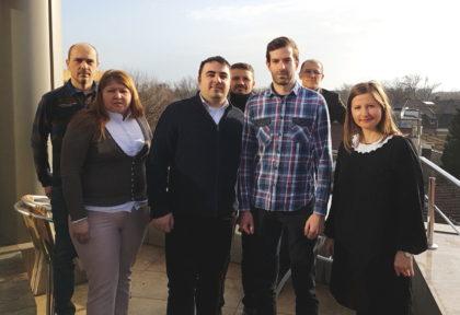 Membrii USR Arad s-au întâlnit cu o delegație a formațiunii politice Momentum din Ungaria. Despre ce s-a discutat