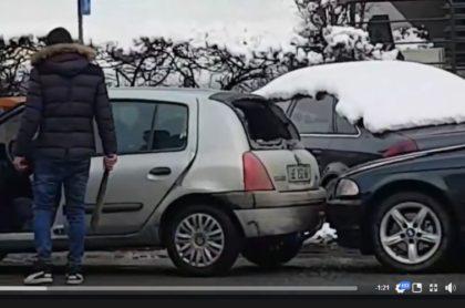 VIDEO/ Un tânăr cu BMW atacă cu BÂTA DE BASEBALL doi bătrâni şi un copil