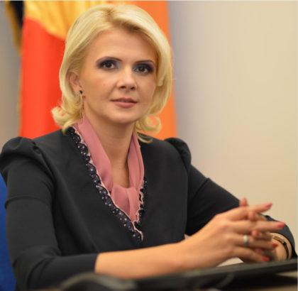 Claudia Boghicevici, vicepreședinte al Consiliului Județean Arad, a prezentat bilanțul instituțiilor pe care le coordonează