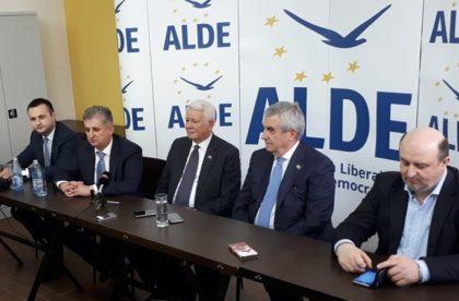 """Teodor Meleşcanu: """"Aradul a rămas în urmă"""""""