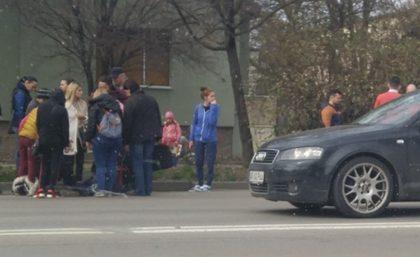 NEWS ALERT/ Fetiţă LOVITĂ de MAŞINĂ pe Calea Victoriei (UPDATE)