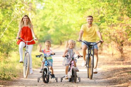 Îți place să mergi cu BICICLETA? Participă la competiție! Află cum te poți înscrie la Cupa Aradului la Ciclism