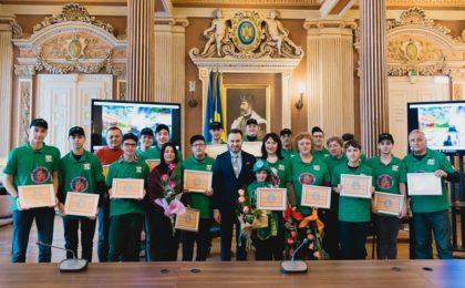 """""""Muşchetarii roboticii"""", PREMIAȚI în cadrul unui concurs național și felicitați de administrația locală (FOTO)"""