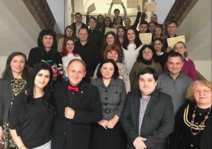 """Simpozion științific la Universitatea """"Aurel Vlaicu"""" din Arad"""