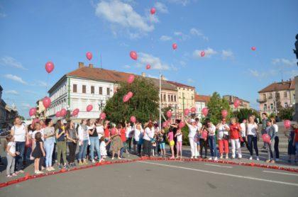 Aradul a marcat Ziua Internațională a Lumânărilor Aprinse (GALERIE FOTO)