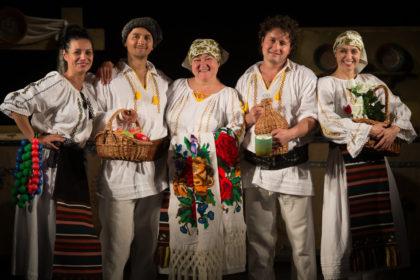 Actorii păpușari arădeni, pe scenele celor mai importante festivaluri din țară