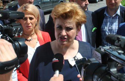 """Ministrul Mediului trece la AMENINŢĂRI: """"Voi reveni la Arad în perioada imediat următoare și sunt pregătită să iau măsuri fără precedent"""""""