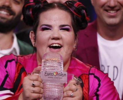 """Eurovision 2018/ Netta Barzilai din Israel câștigă prin stridență și un mesaj puternic: """"Sărbătoresc, indiferent de mărimea mea"""""""