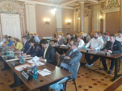 Zi grea pentru consilierii locali! Ce au votat în cadrul celor TREI ședințe succesive