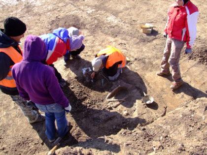Investigații la cimitirele din Pecica! Ce caută specialiștii