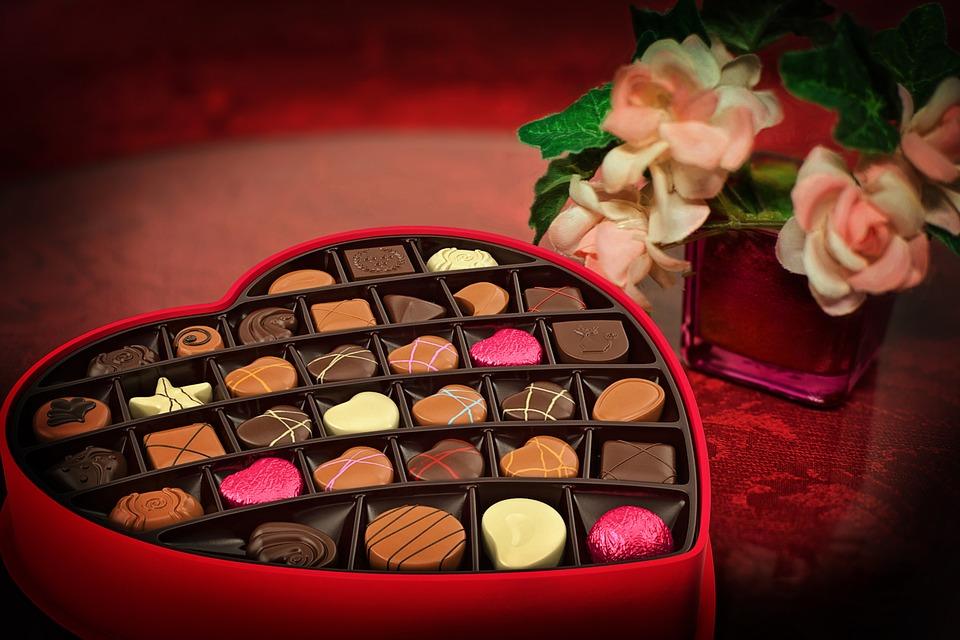 Declarații în fața Primăriei, o cină romantică sau o zi la spa? Ce pot face arădenii de Valentine's Day