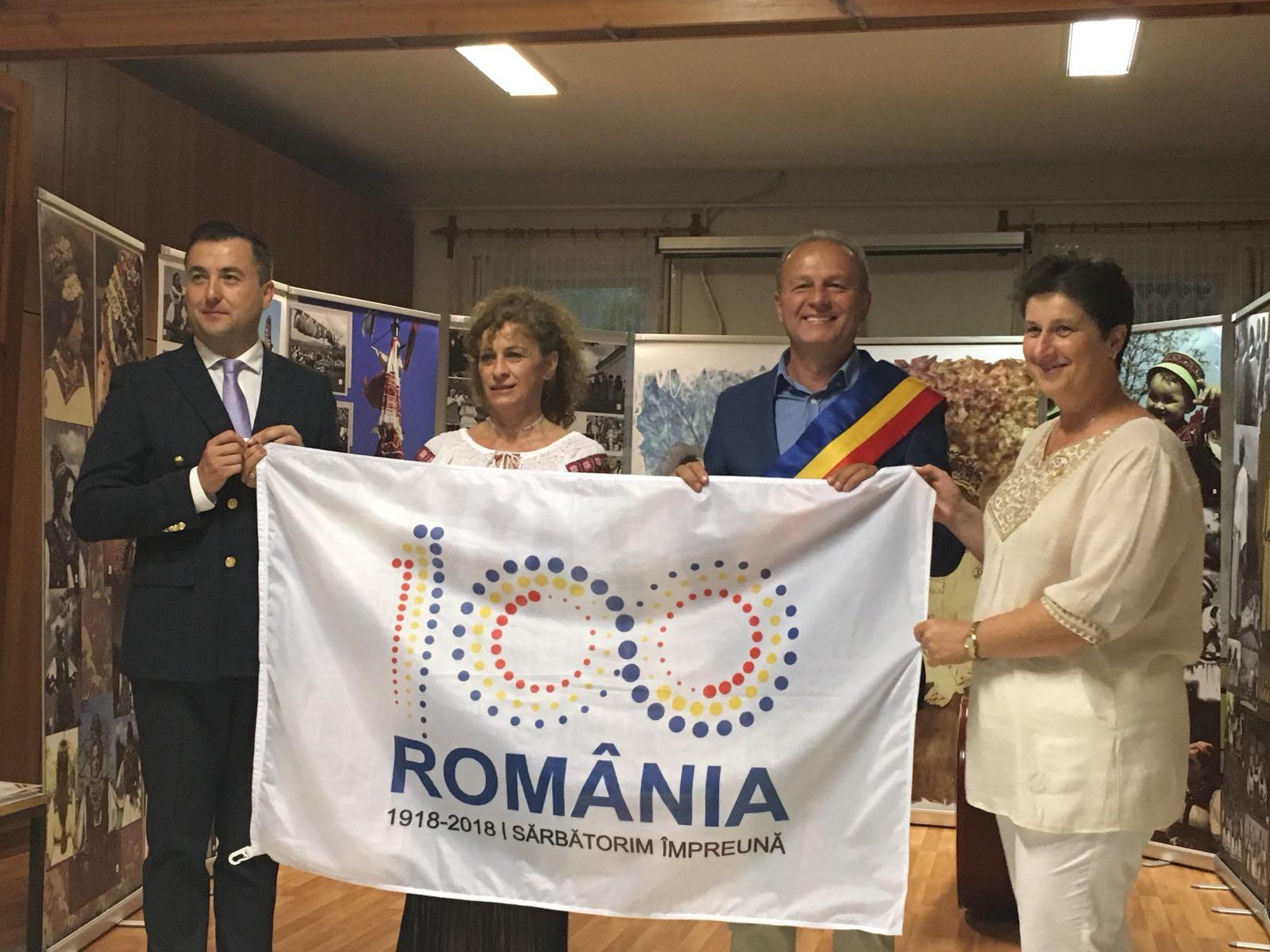 """""""Centenarul în ipostaze identitare"""", la Gyula, în Ungaria (GALERIE FOTO + VIDEO)"""