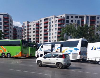Localnicii au ajuns la CAPĂTUL RĂBDĂRII! Ce se întâmplă la autogara de pe strada Corneliu Coposu