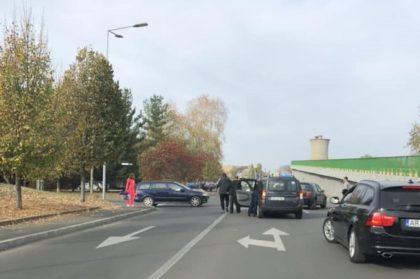 ACCIDENT în Micălaca! La volan se afla O FEMEIE ÎNSĂRCINATĂ