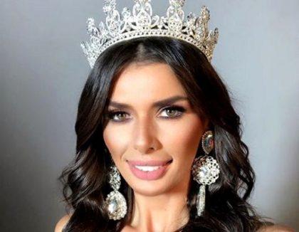 """O tânără din vestul ţării a câştigat """"Miss Global Model of the World"""". Cum arată modelul care a înebunit juriul (GALERIE FOTO)"""
