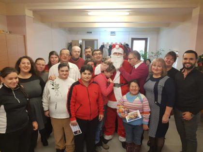 Crăciunul sărbătorit de Direcția de Asistență Socială Arad (GALERIE FOTO)