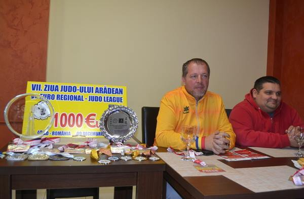 Week-end pe tatami: Judoka din șapte țări luptă astăzi și mâine la Arad
