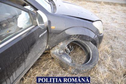 Un ADOLESCENT BĂUT a FURAT o mașină pe care A FĂCUT-O ZOB, după care S-A CULCAT în casa PĂGUBITULUI