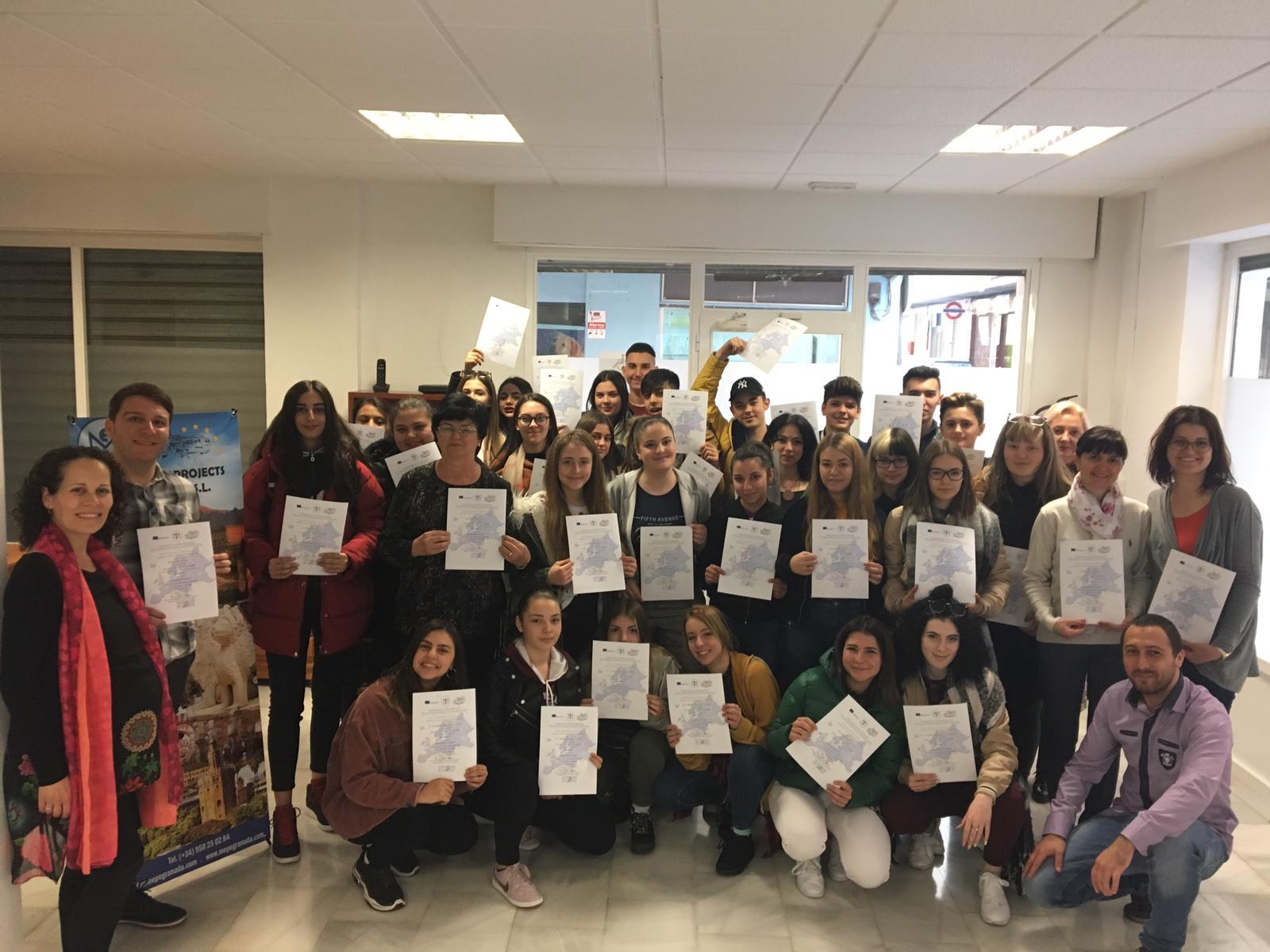 Mai mulți elevi de la un LICEU ARĂDEAN au participat la un stagiu de practică într-o zonă superbă din SPANIA (GALERIE FOTO)