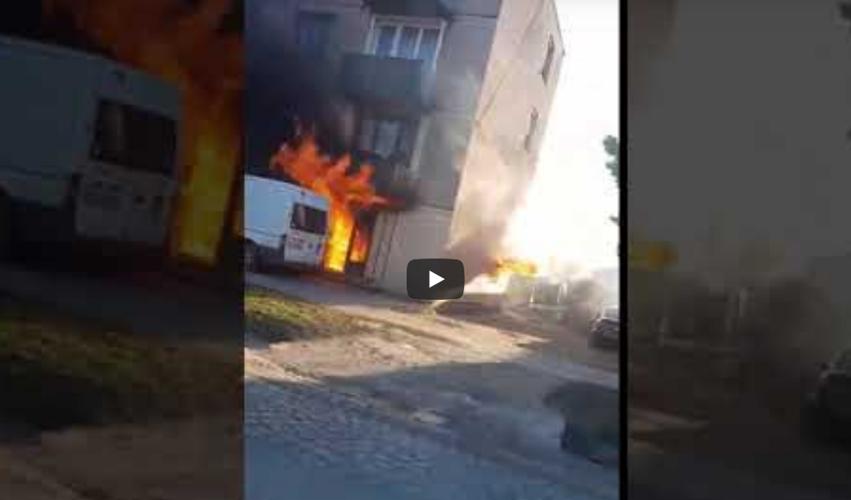 Incendiu DEVASTATOR! Un apartament s-a transformat în TORŢĂ (VIDEO + FOTO)