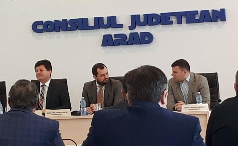 Ce s-a întâmplat în şedinta de vineri a Consiliului Judeţean Arad. Versiunea OFICIALĂ a conducerii instituţiei