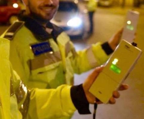 Pericol pe șosele: Doi șoferi surprinși în trafic cu alcoolemii record