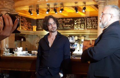 """Ţi-e dor de o cafea lungă, la ibric? """"Martines"""", locul din Arad în care cafeaua se savurează, la propriu. Şi nu orice. Şi nu oricum"""