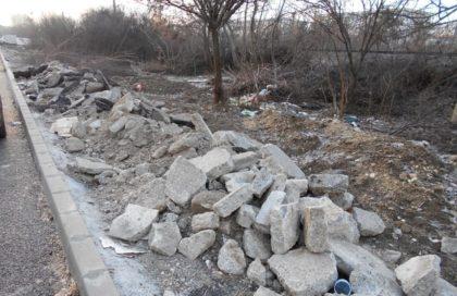 Sancțiuni pentru cei care aruncă deșeuri în locuri nepermise! Autoritățile efectuează verificări în mai multe zone din Arad