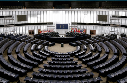 Vlad Botoș, eurodeputat arădean, va participa la summitul partidelor noi proeuropene