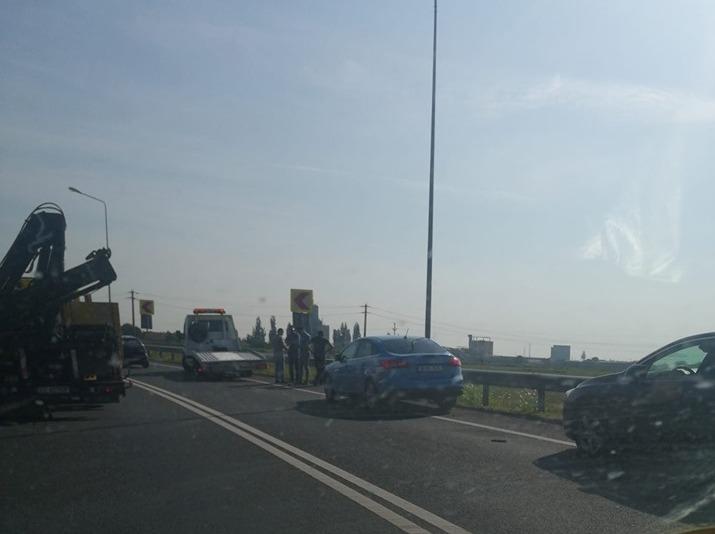 ACCIDENT la ieșirea din Arad! Traficul este îngreunat