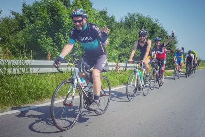 Vor reprezenta Aradul la Campionatul Mondial de Ciclism de Anduranță Paris – Brest – Paris! Implică-te și sprijină-i și tu