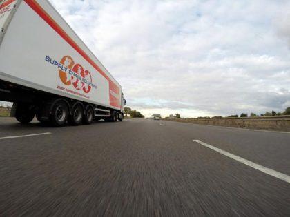 Ședință de criză germano-austriacă privind traficul intens dintre Tirol și Bavaria. Taxa pentru camioane pe coridorul Brenner ar putea sa crească