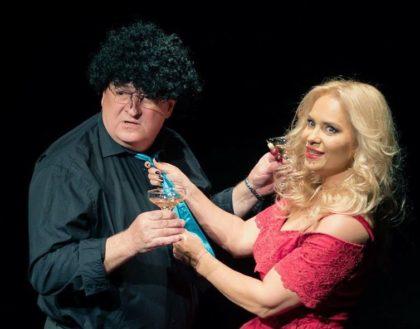 """""""Old love"""", interpretată de actorii din """"Las fierbinți"""", la Teatrul de Vară (FOTO)"""