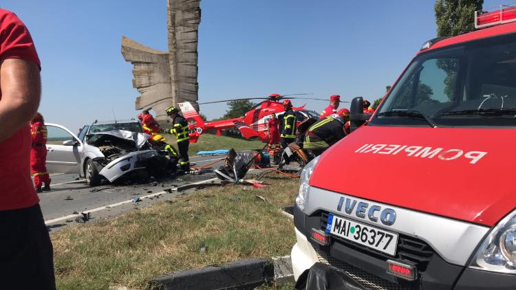 ACCIDENT în județ, cu patru VICTIME! Intervine elicopterul SMURD (UPDATE)