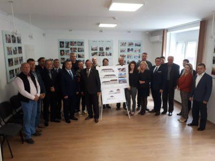 Investiție de aproape un milion de euro într-un centru de zi pentru persoane vârstnice, la Nădlac (GALERIE FOTO)