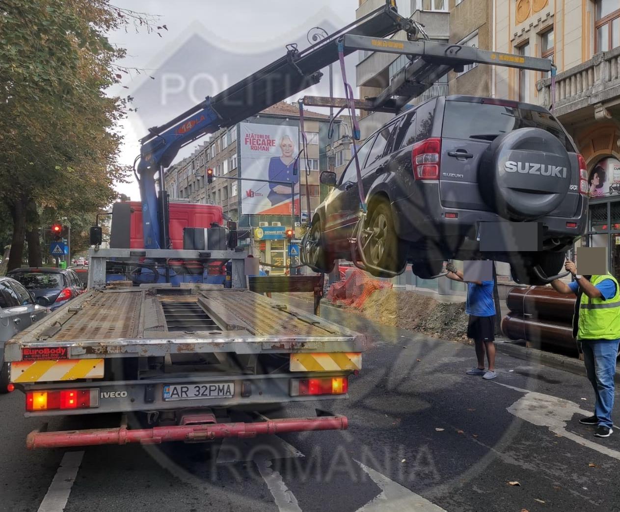 15 mașini parcate neregulamentar, ridicate de Poliția Locală